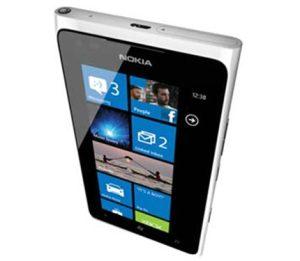 huella digital - El Nokia Lumia 900 en el mercado latinoamericano