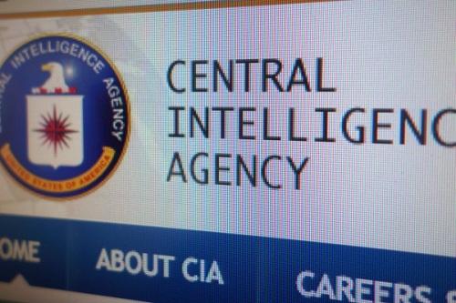 huella digital - Nuevos documentos de Wikileaks explican cómo la CIA hackea iPhones y Macbooks